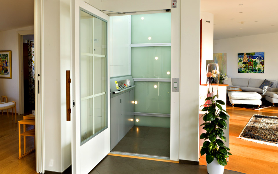 The Pluto Domestic Platform Lift is the perfect lift for compact spaces